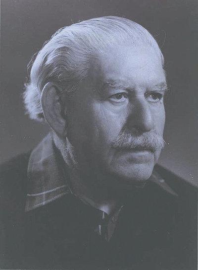 Hans Jakob Polotsky  Hero